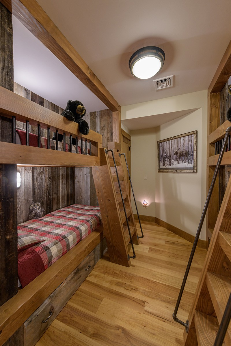 Custom Wood Bunkbeds